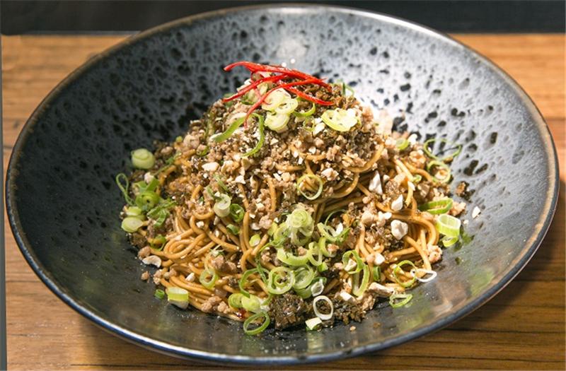 yibin-hot-noodles